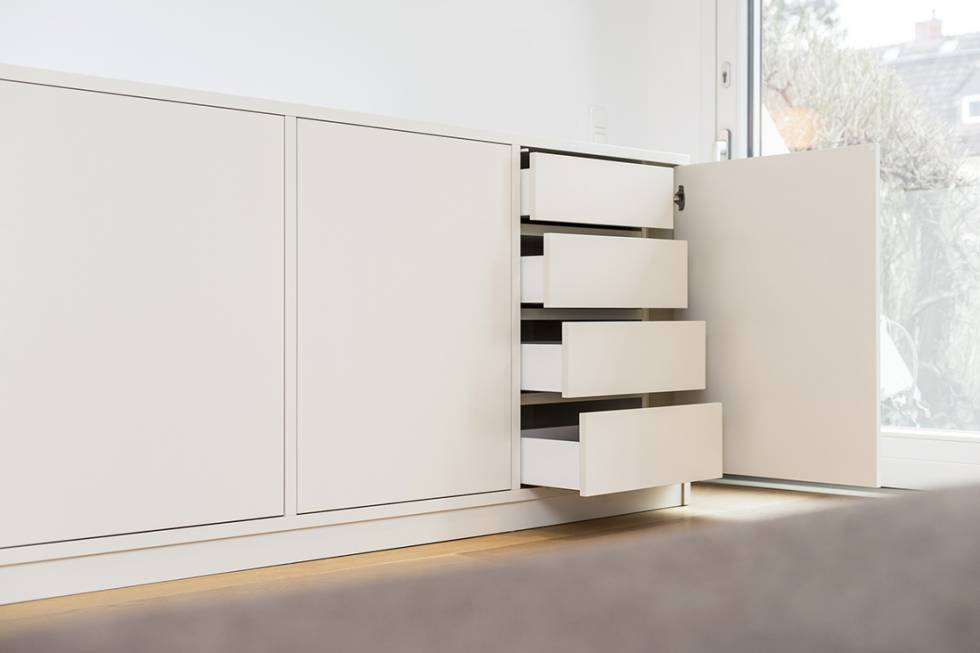highboards nach ma highboard konfigurieren und gestalten. Black Bedroom Furniture Sets. Home Design Ideas